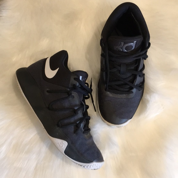 the best attitude e4860 505a8 Nike Kids KD Trey 5 V. M 5b9424d57386bcaf4b9ab50d